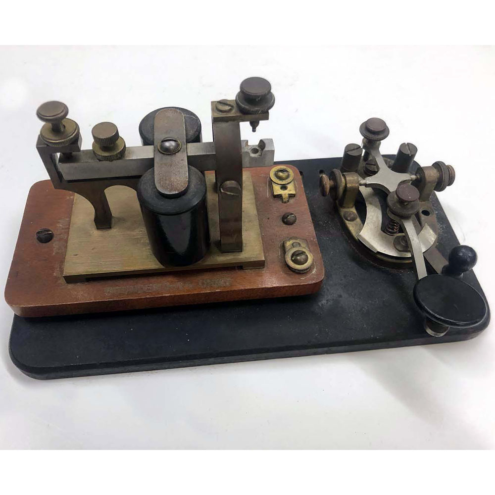 Telegraph Repeater with Key